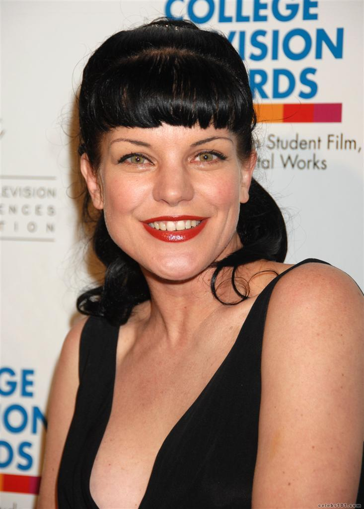 Ncis Pauley Perrette Fakes Picture