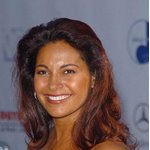 Salli Richardson Photos