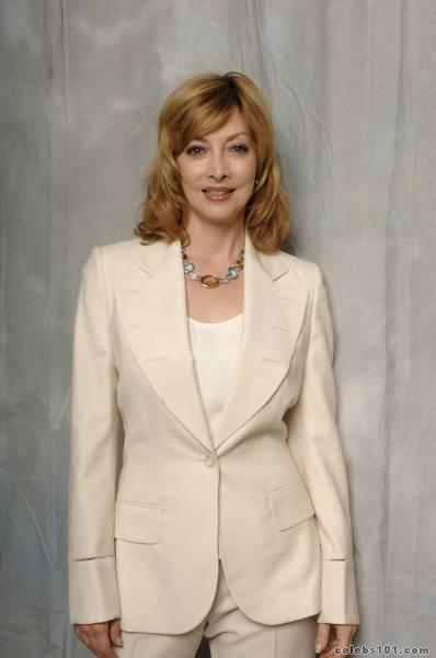 sharon lawrence photo 5