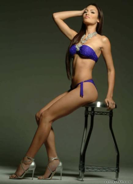 zuleyka rivera photo 36