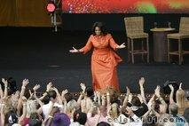 After Australia tour, Winfrey vacations in Fiji