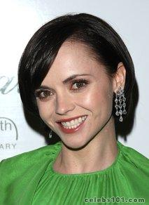 Christina Ricci to make her Broadway debut