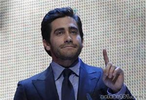 Jake Gyllenhaal to make U.S. stage debut