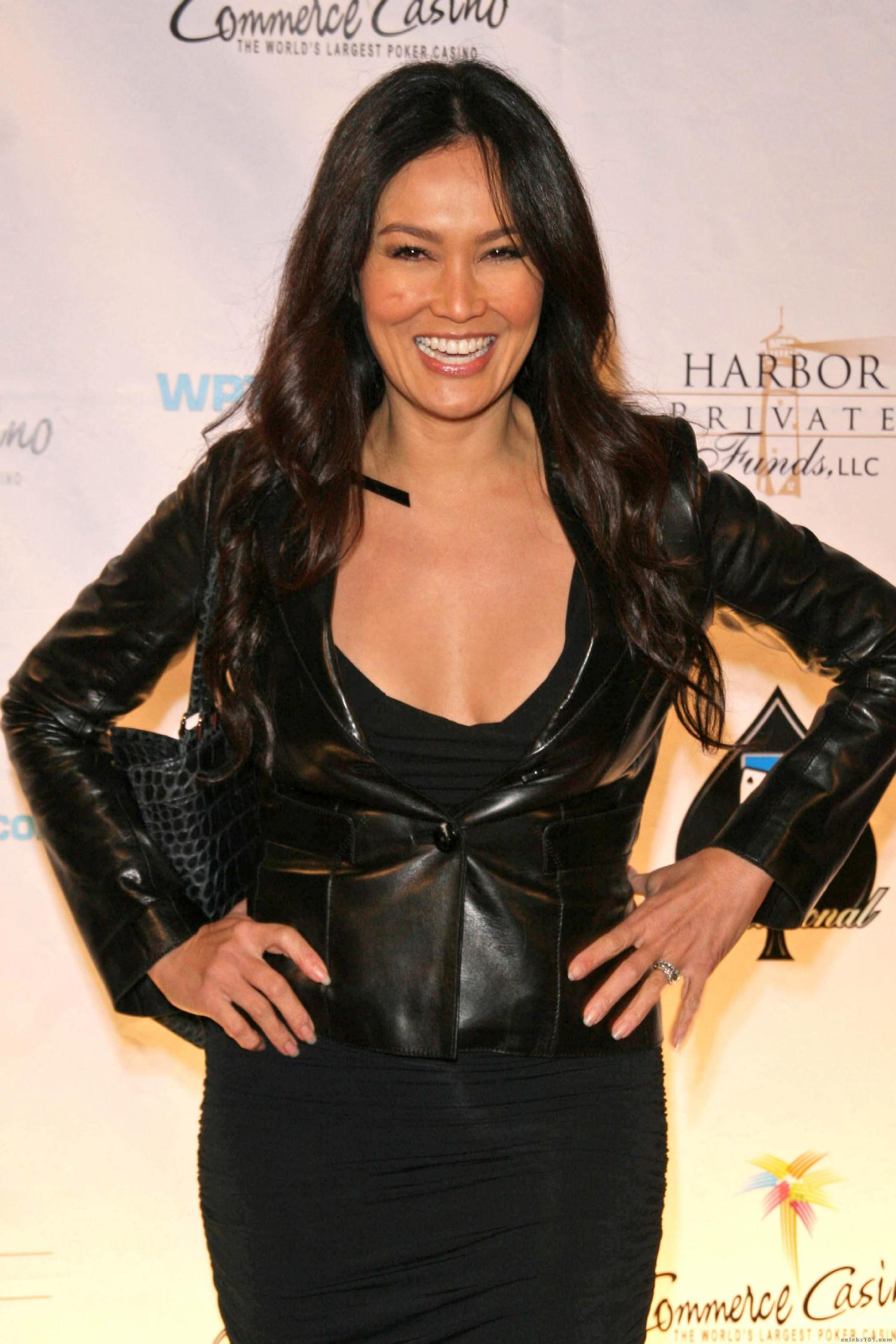 Tia Carrere 6th Annual World Poker Tour (x13 pics)