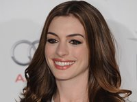 Anne Hathaway Wallpaper
