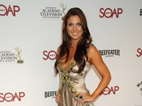 Nadia Bjorlin Wallpaper
