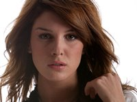 Shenae Grimes Wallpaper
