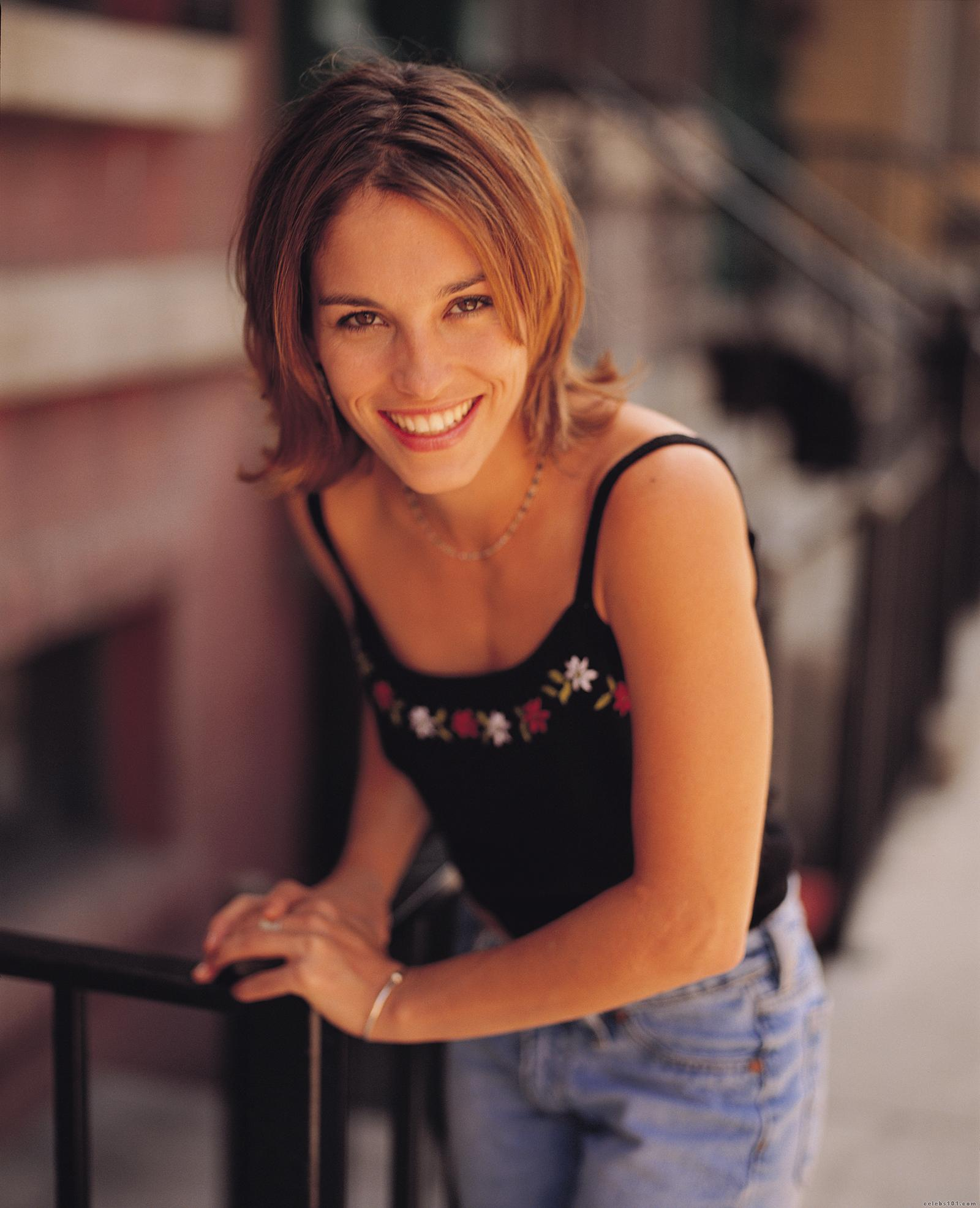 Pics hot amy johnson jo
