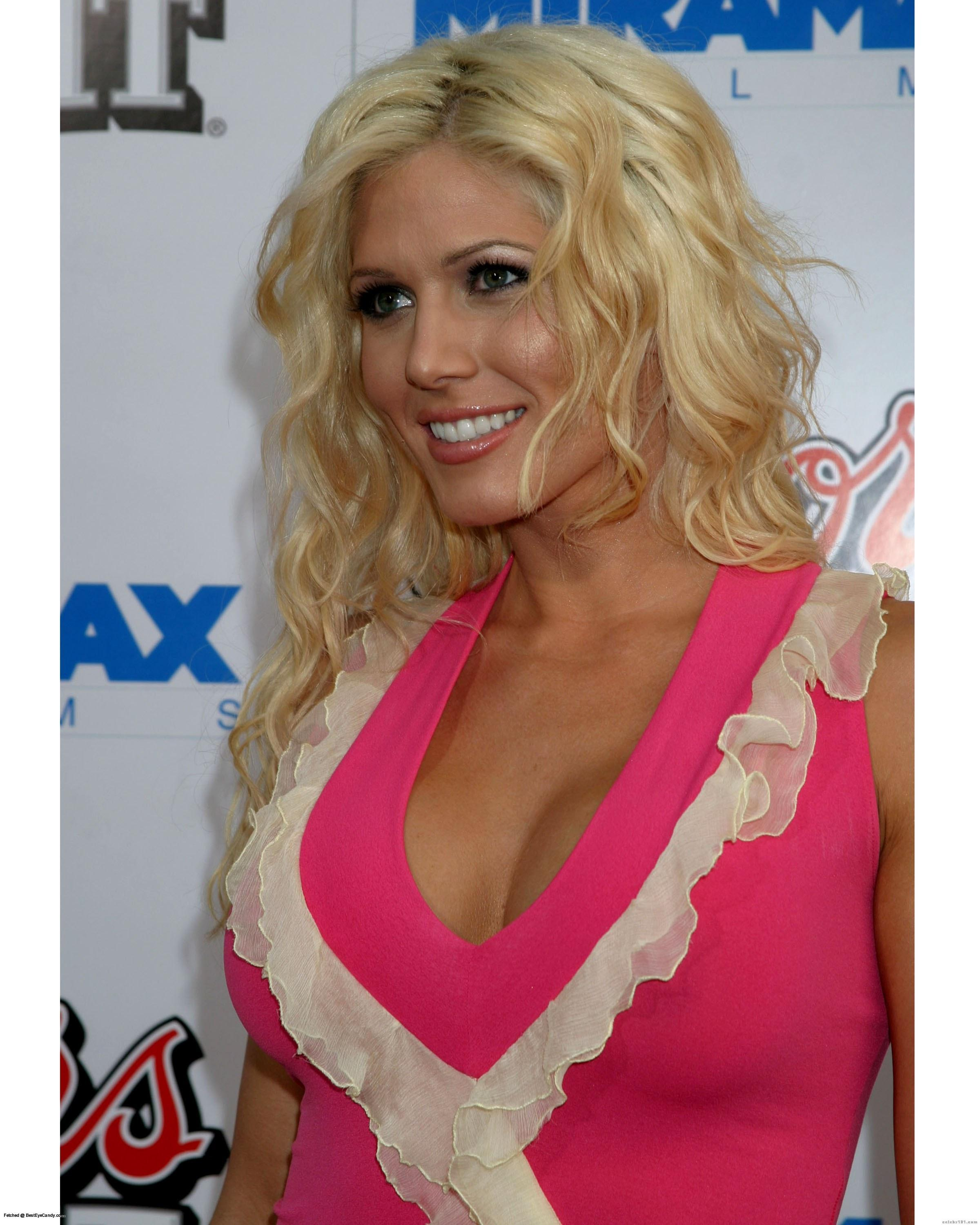 Torrie Wilson - High quality image size 2400x3000 of Torrie Wilson Picture